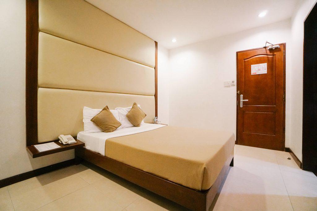трехзвездочный отель QQEnglish