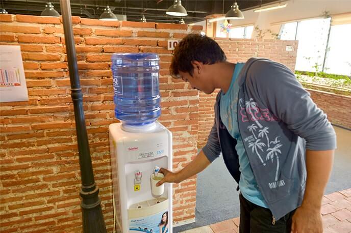 Питьевая вода на каждом этаже