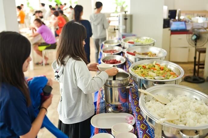 Питание в школе Seafront