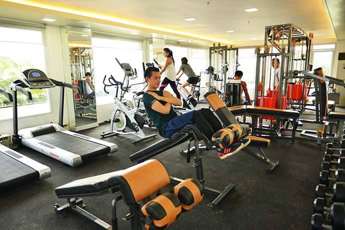 Тренажерный зал и фитнес